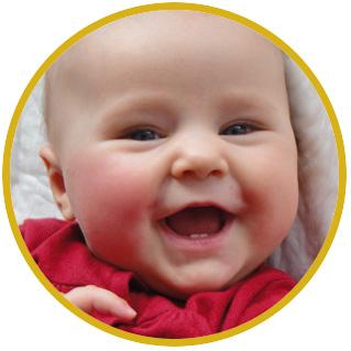 Beseelte Momente - glückliches Baby