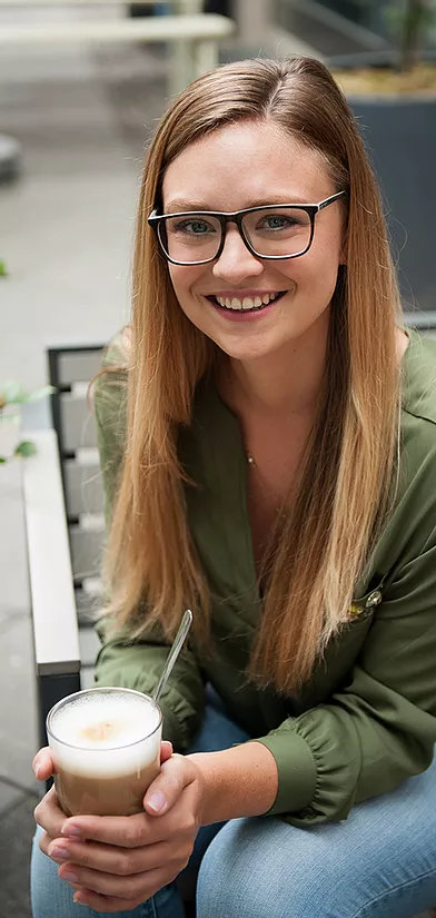 Dr. Katharina Mahn